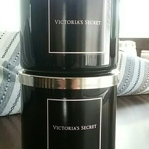Victoria Secret Bombshell Candle x 2 (14.5 ounce)
